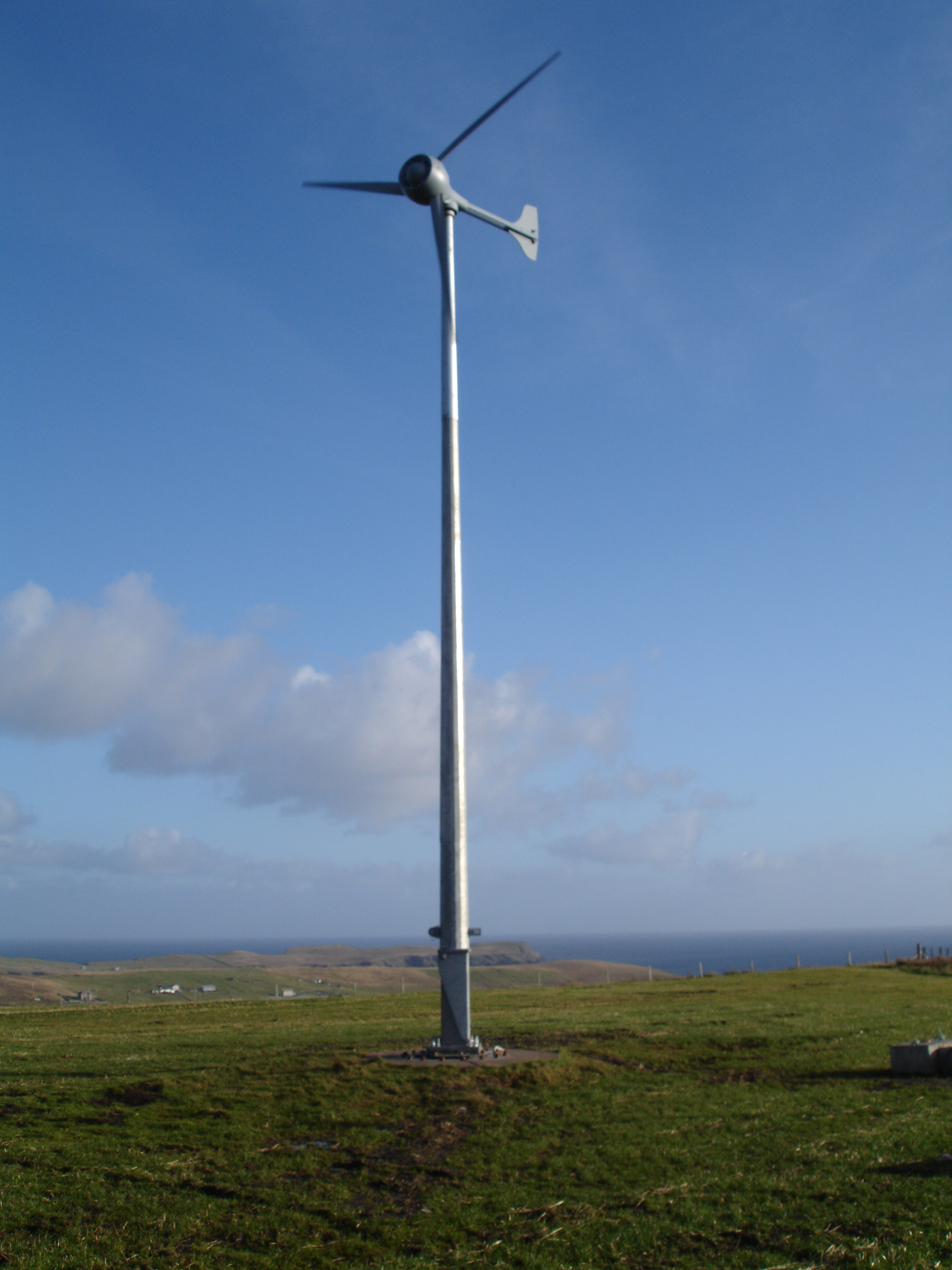 Installation and maintenance of Britwind (Evance) R9000 5kW